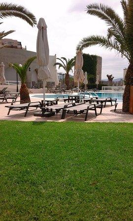 Cactus Hotel Photo