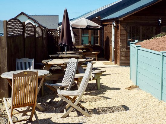 Moylegrove, UK: Enjoy our outdoor seating area, perfect for sunny days