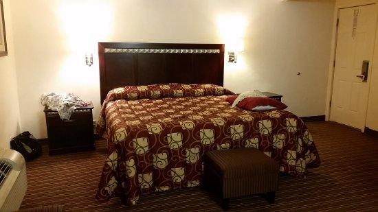 Del Rio, TX: Room With One King Size Bed