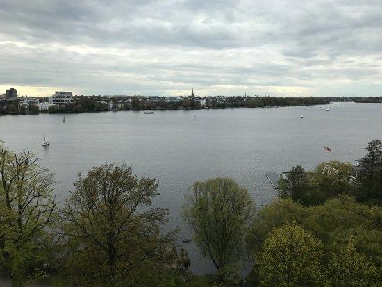 Le Meridien Hamburg: photo1.jpg