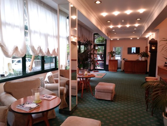 La Capannina, Hotels in Genua
