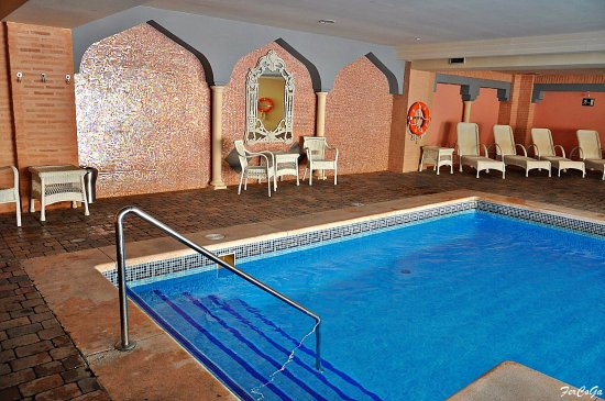 Piscina climatizada picture of playacanela hotel isla for Piscina climatizada