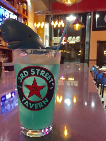 Saint Peter, MN: Blue Whale drink
