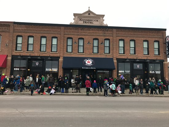 Saint Peter, MN: Saint Patricks Day Parade