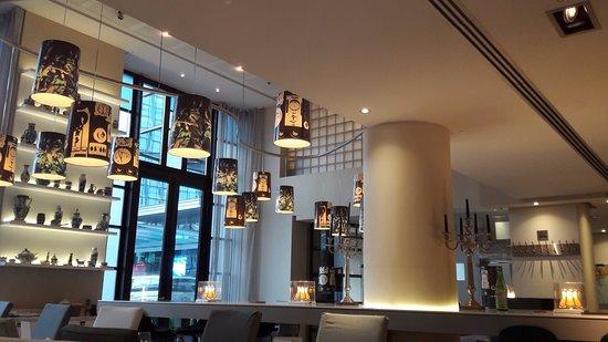 Hilton Brussels City: coin repas