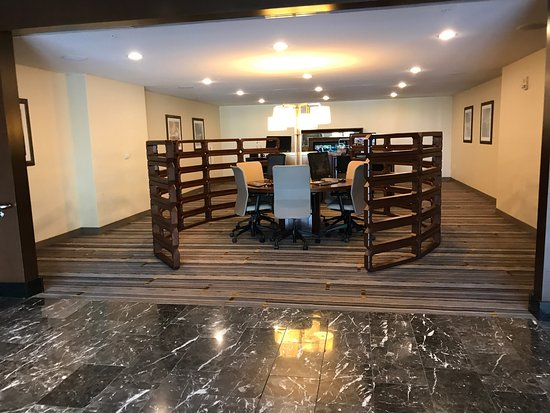 Sheraton Valley Forge Hotel: photo1.jpg