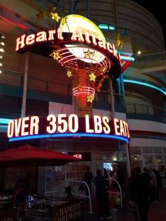 350 lbs eat free las vegas