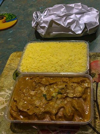 Shiraaz: Chicken Korma, Rice, garlic Naan