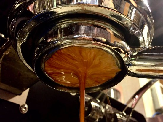 The Kettle Black: Fresh House Roasted Espresso