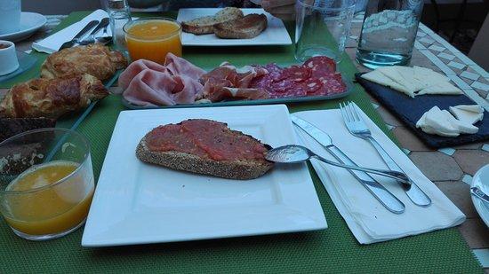 Hotel El Jardin Vertical: Desayuno espectacular!