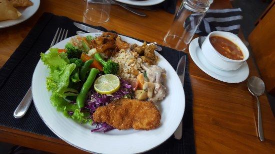 Restaurant at Mermaid Hotel: 20170420_102713_large.jpg