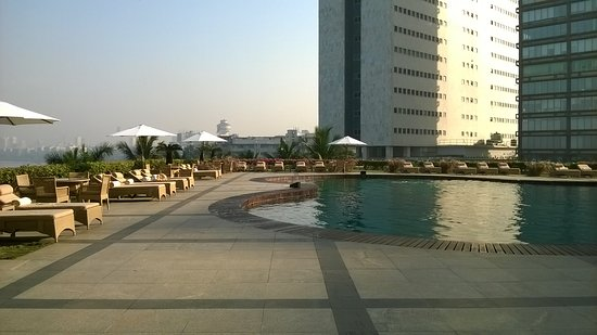 Terras met zwembad picture of trident nariman point mumbai