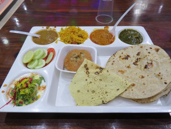 Rawat Sweets: My special thali. I'm not impressed, but its my first thali, and may be its like that.