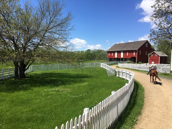 Picture of hickory hollow horse farm for Hickory hollow