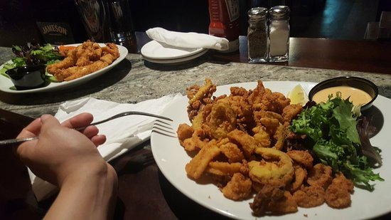 Lexington, MA: Fried clams and chicken fingers (late night menu)