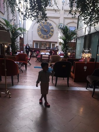 Grand Hotel Continental Picture