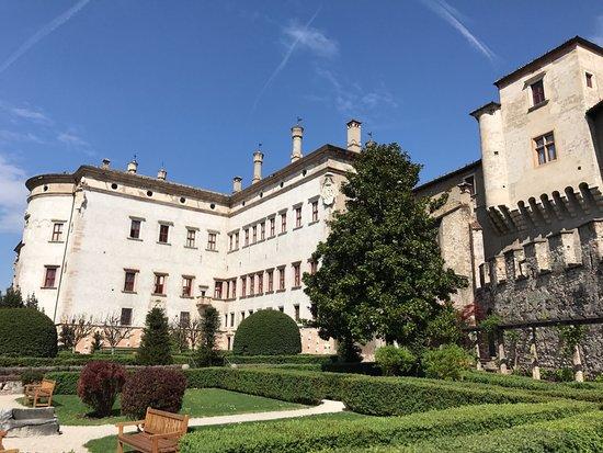 Il giardino foto di castello del buonconsiglio monumenti e collezioni provinciali trento - B b il giardino trento ...