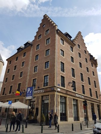 Novotel Brussels Grand Place Photo
