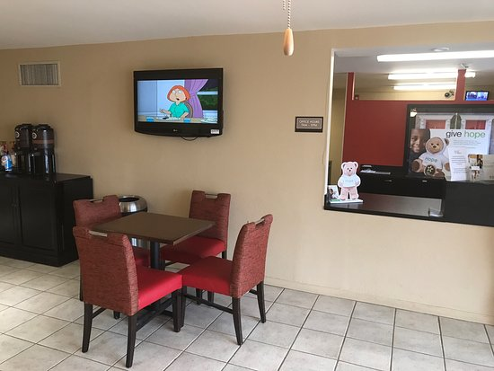 Extended Stay America - Cleveland - Airport - North Olmsted : photo0.jpg