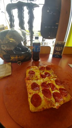 Lake Isabella, CA: The pizza