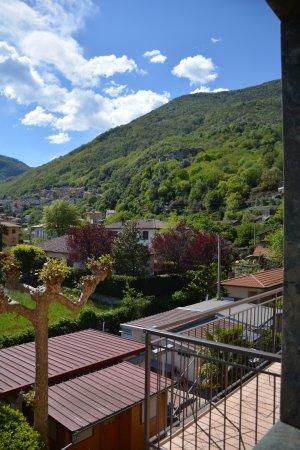 Сан-Сиро, Италия: View towards the mountains.