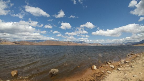 Lake Isabella: The lake