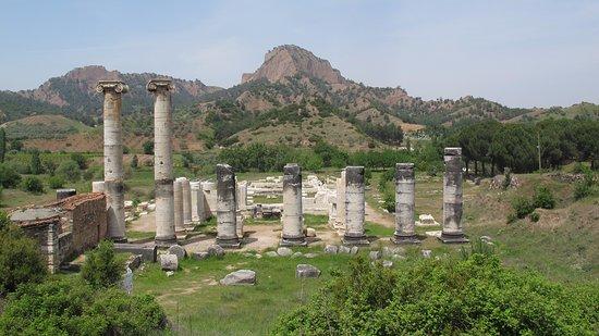 Salihli, Turkey: Temple of Artemis