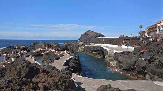 Photo de piscinas naturales el calet n for Piscinas naturales de garachico
