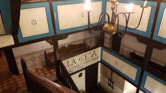 imagen La Cueva en San Lorenzo de El Escorial