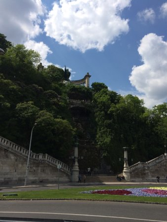 Szent Gellért Monument