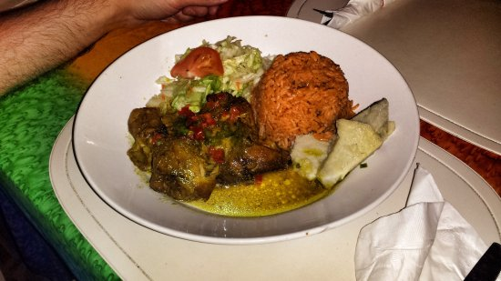 Rosemary's: Curry chicken and jerk chicken