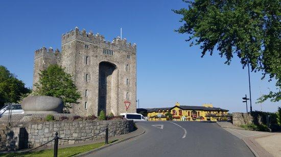 Cratloe, Ирландия: Bunratty Castle Co.Clare