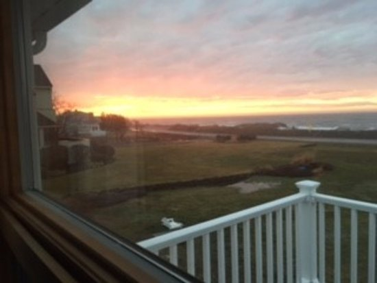 Rye, NH: Sunrise view from living room.