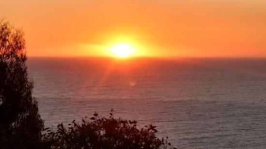 Dei Templi Apart Hotel: puesta de sol en el pacífico
