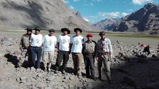 Trekking Travel Expediciones - Day Tours: Gracias Pablo, Juan, Chapu, Luis, Lalo , Marcelo , Franco y compañeros amigos de expedicion