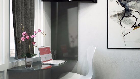 Yess! Hotel Kristiansand: Working desk and tv in all rooms
