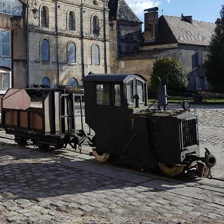 Sablons, Frankrig: Le Vilage du Livre