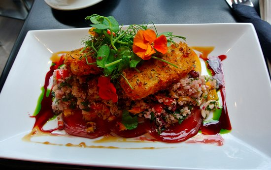 Cafe La Strada: jewelled quinoa with halloumi (and delicious garnish)