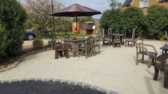 Clifton, UK: Large and spacious patio.