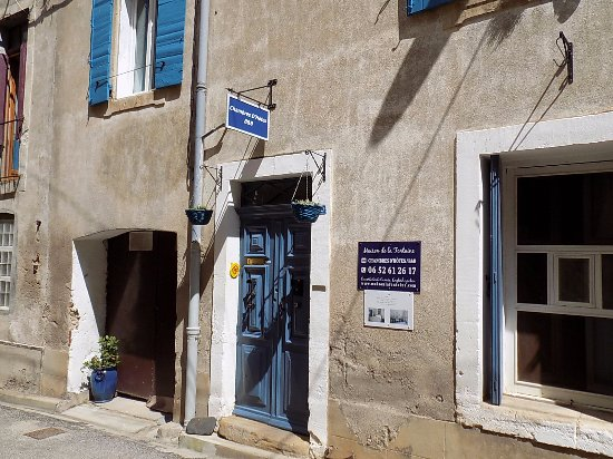 Cessenon-sur-Orb, Prancis: Front of our B&B