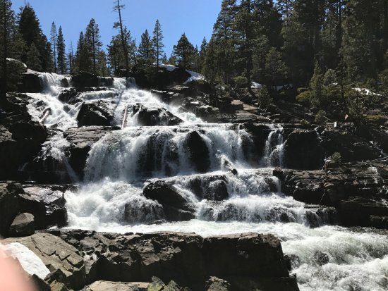 South Lake Tahoe, Californien: Lovely Glen Alpine Falls