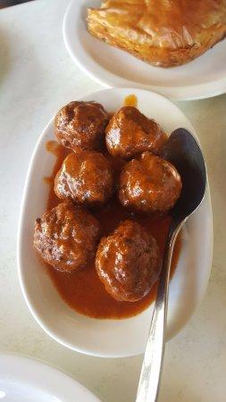 Scholarchio Restaurant: meatballs