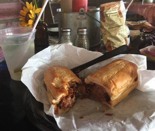 Blanco, TX: Old 300 Restuarant - sliced brisket sandwich