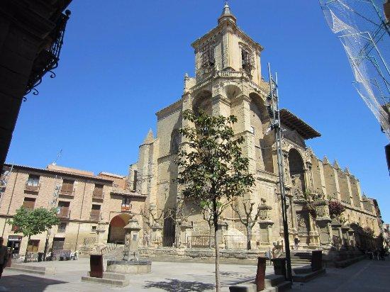 Viana, Испания: Iglesia de Santa Maria de la Asunción