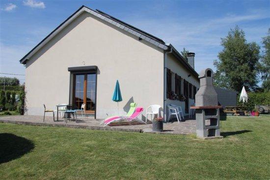 Fauvillers, Belgium: Vue de l'arrière de la maison