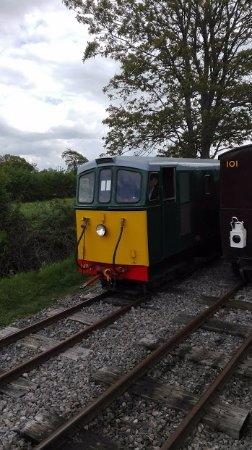 Templecombe, UK: Diesel runing round at Pines