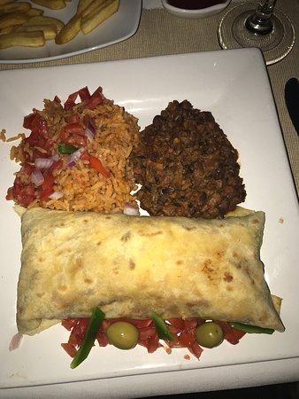 355 Steakhouse and Lounge: Burrito