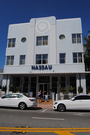 Nassau Suite Hotel Photo
