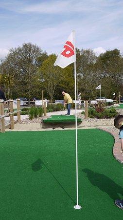 Dorridge, UK: Lovely Crazy golf course