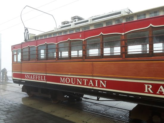 Laxey, UK: The tram at the top of Snaefell